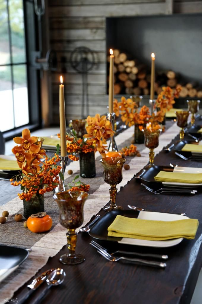 table with orange and black theme